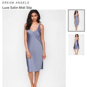 Victoria Secrets Dream Angel LuxSatin Midi Slip S